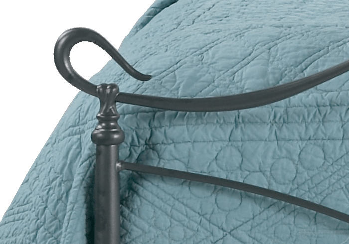 Side casting close up of the Ardo iron bed