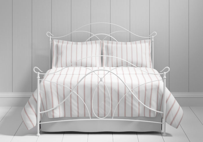 Ardo iron bed in white