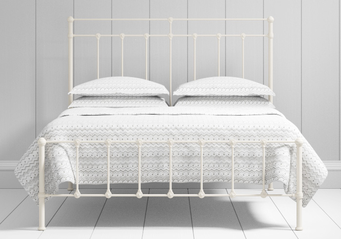 Ashley low footend iron bed in ivory