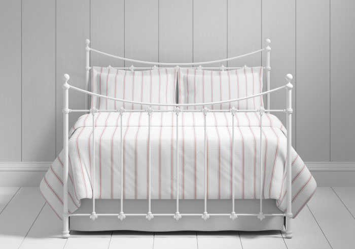 Chatsworth iron bed in white