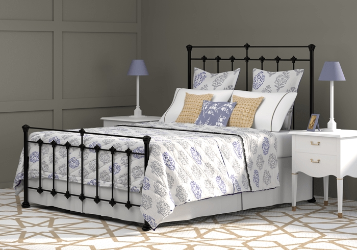 Edwardian iron bed in satin black