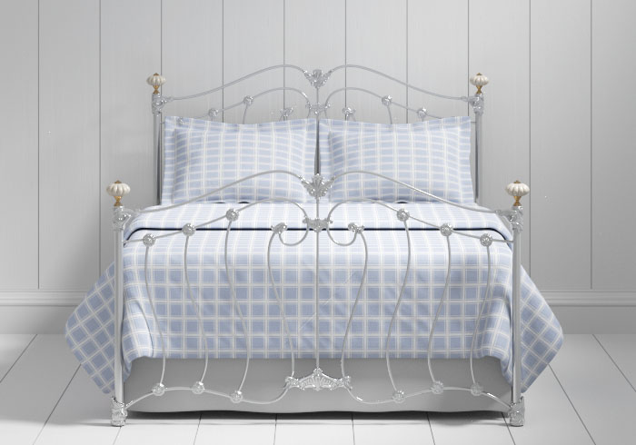 Lisburn iron bed in silver