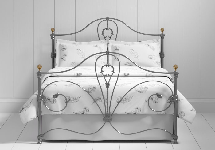 Melrose iron bed in pewter with brass