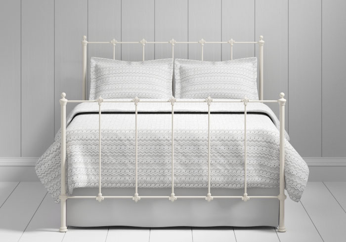 Paris iron bed in ivory