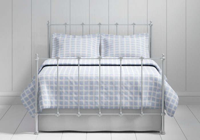 Paris iron bed in silver