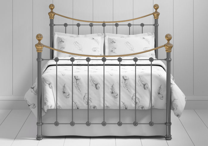 Selkirk iron bed in pewter with brass