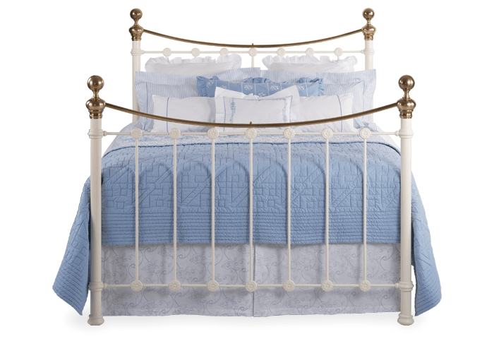 Selkirk iron bed in glossy ivory with antique brass knobs