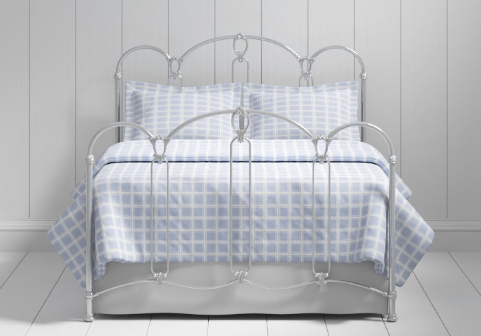 Windsor iron bed in silver