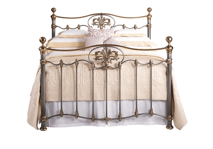 Camolin iron bed in silver patina with gold highlights