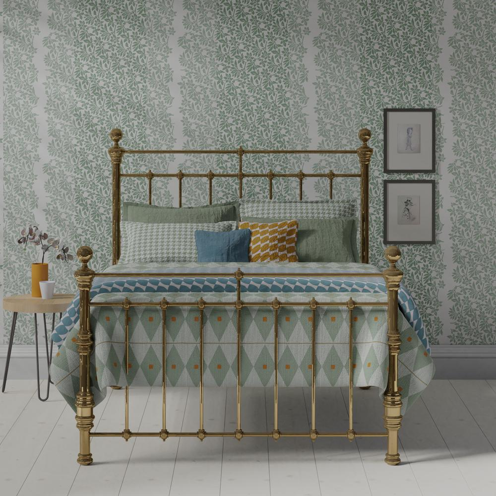 Waterford brass bed