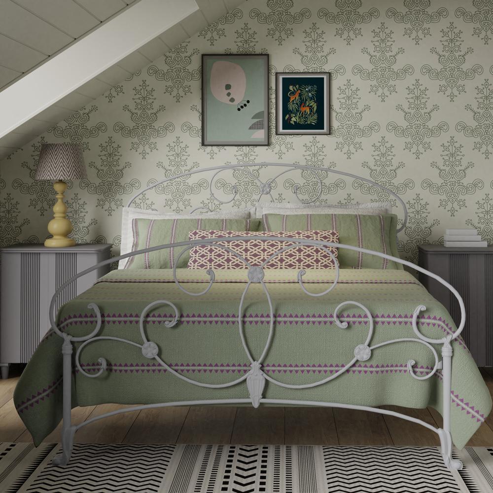Arigna iron bed in white