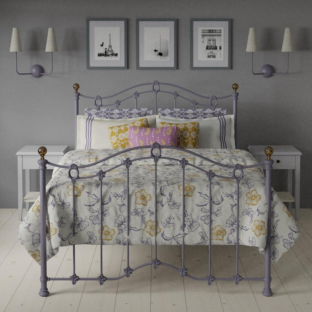 Clarina iron bed in Lilac