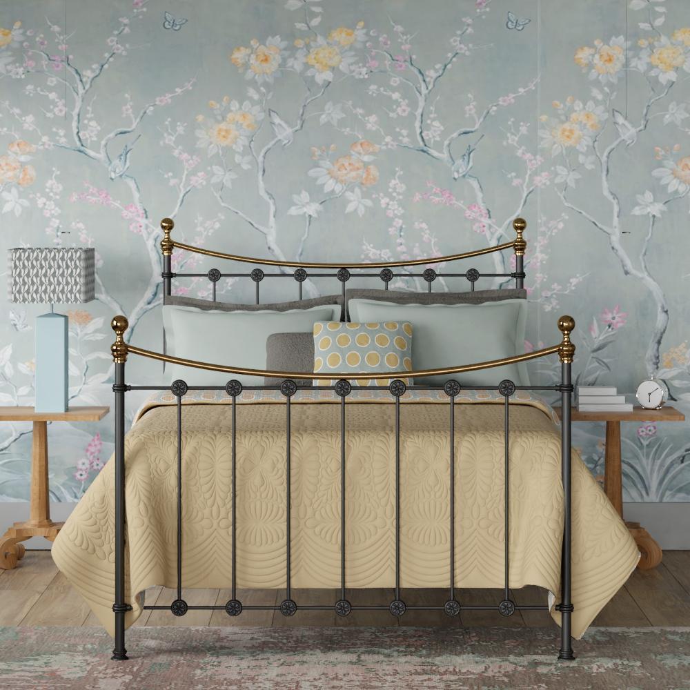 Carrick mustard bed